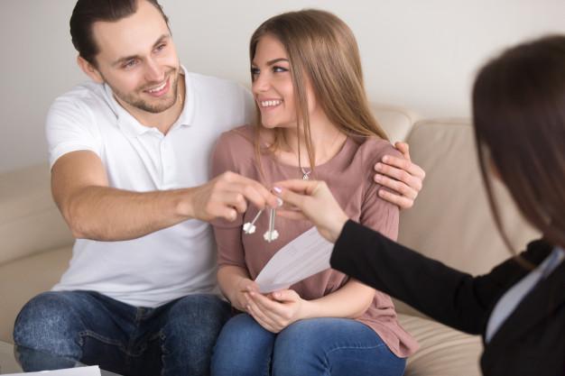 Consultanţă în tranzacţii imobiliare